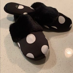Victoria's Secret Slippers - NEW WITH TAGS